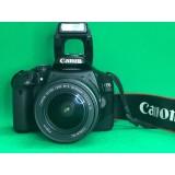 Зеркальный фотоаппарат Canon EOS550D Kit +Сумка