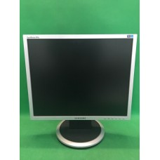 "ЖК монитор 19"" Samsung 940N"